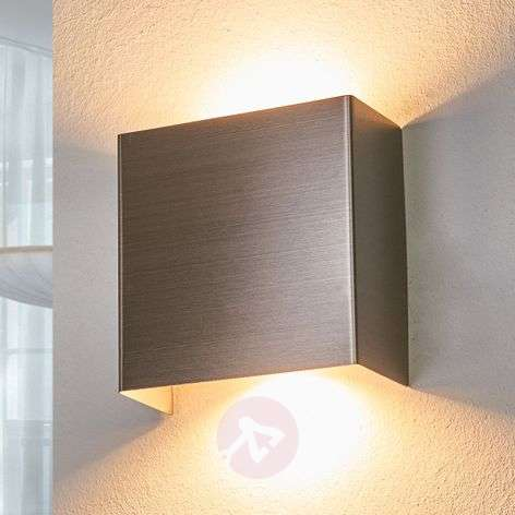Lámpara de pared LED de metal Enja