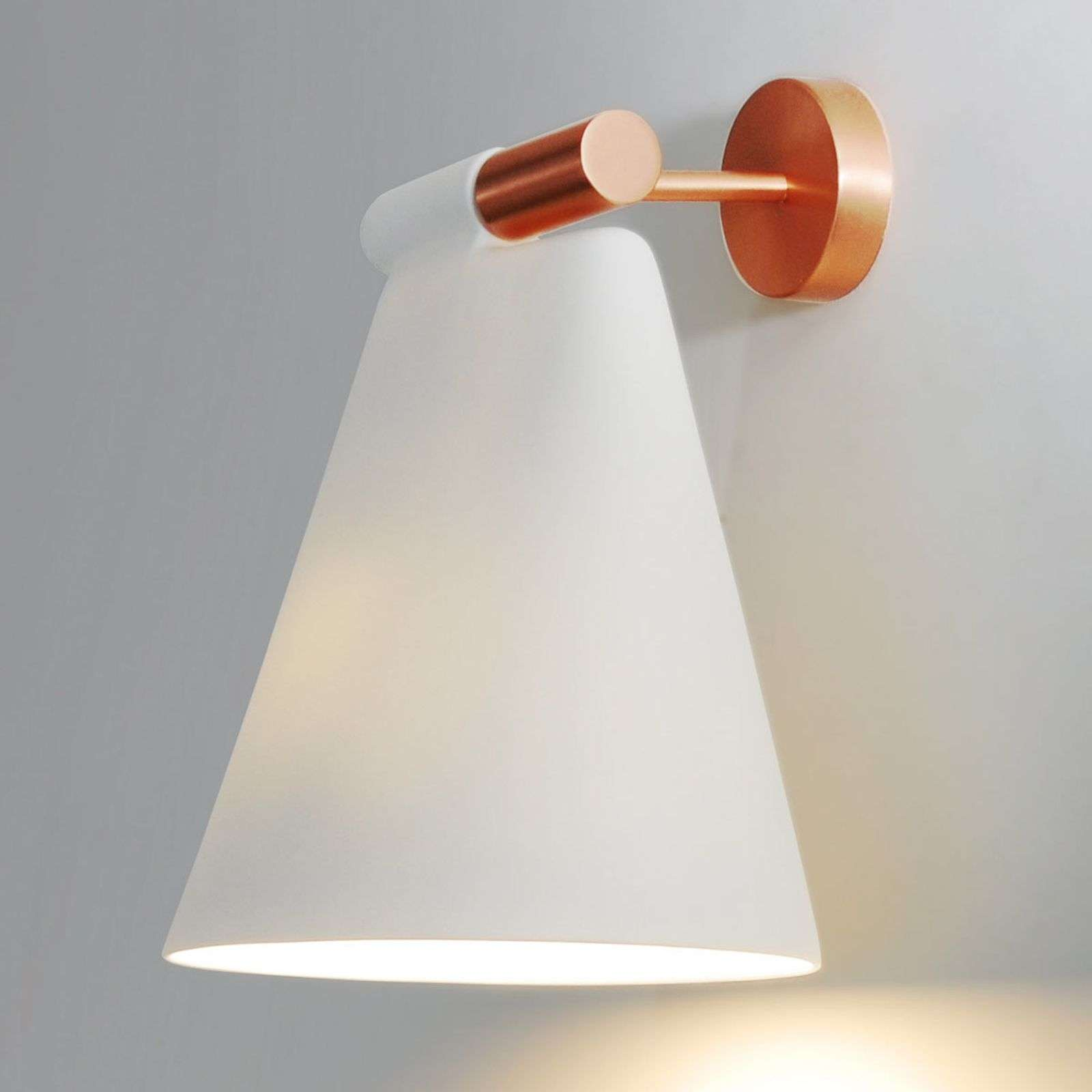 Lámpara de pared de cerámica Cone Light W