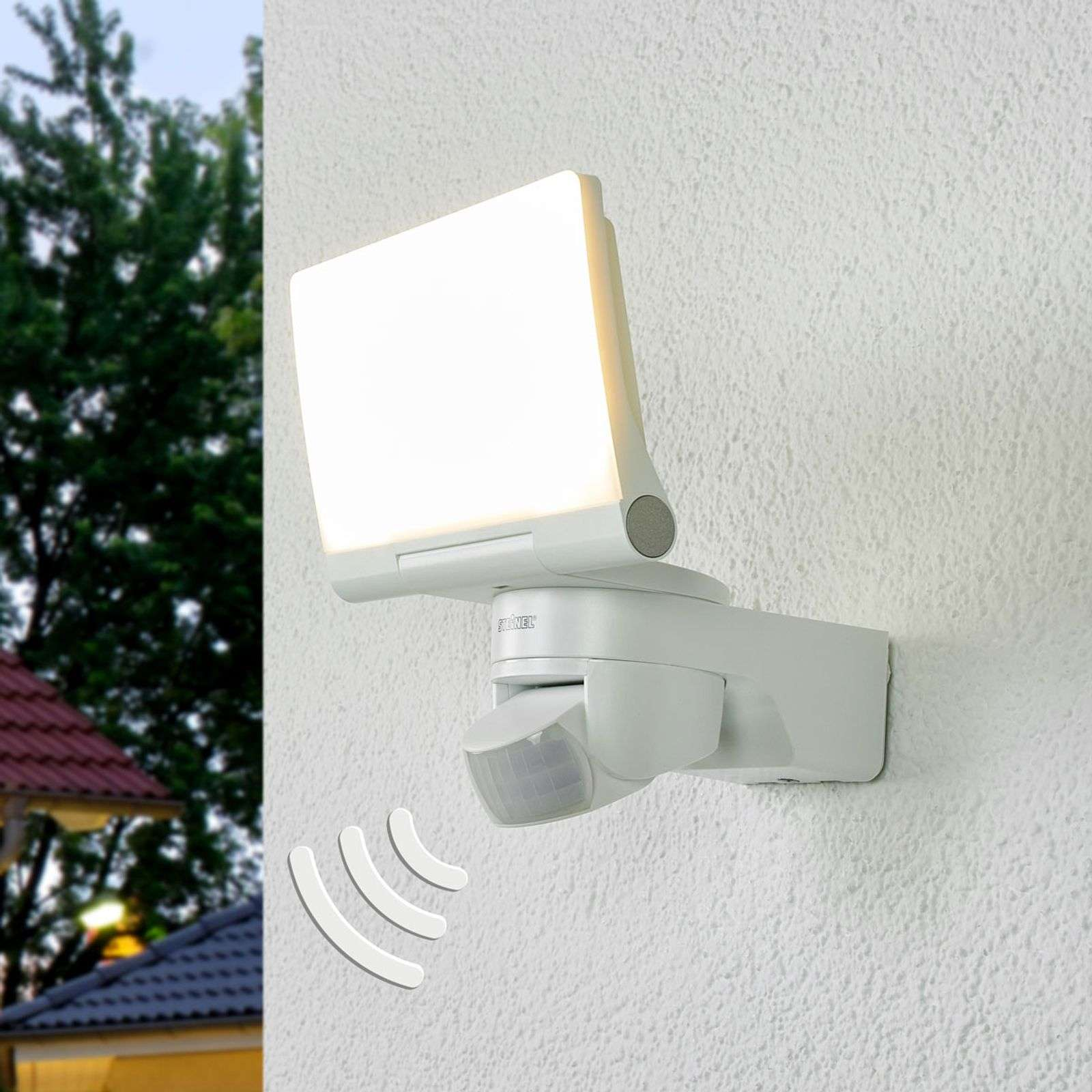 Aplique LED exterior XLED Home 2, sensor en blanco