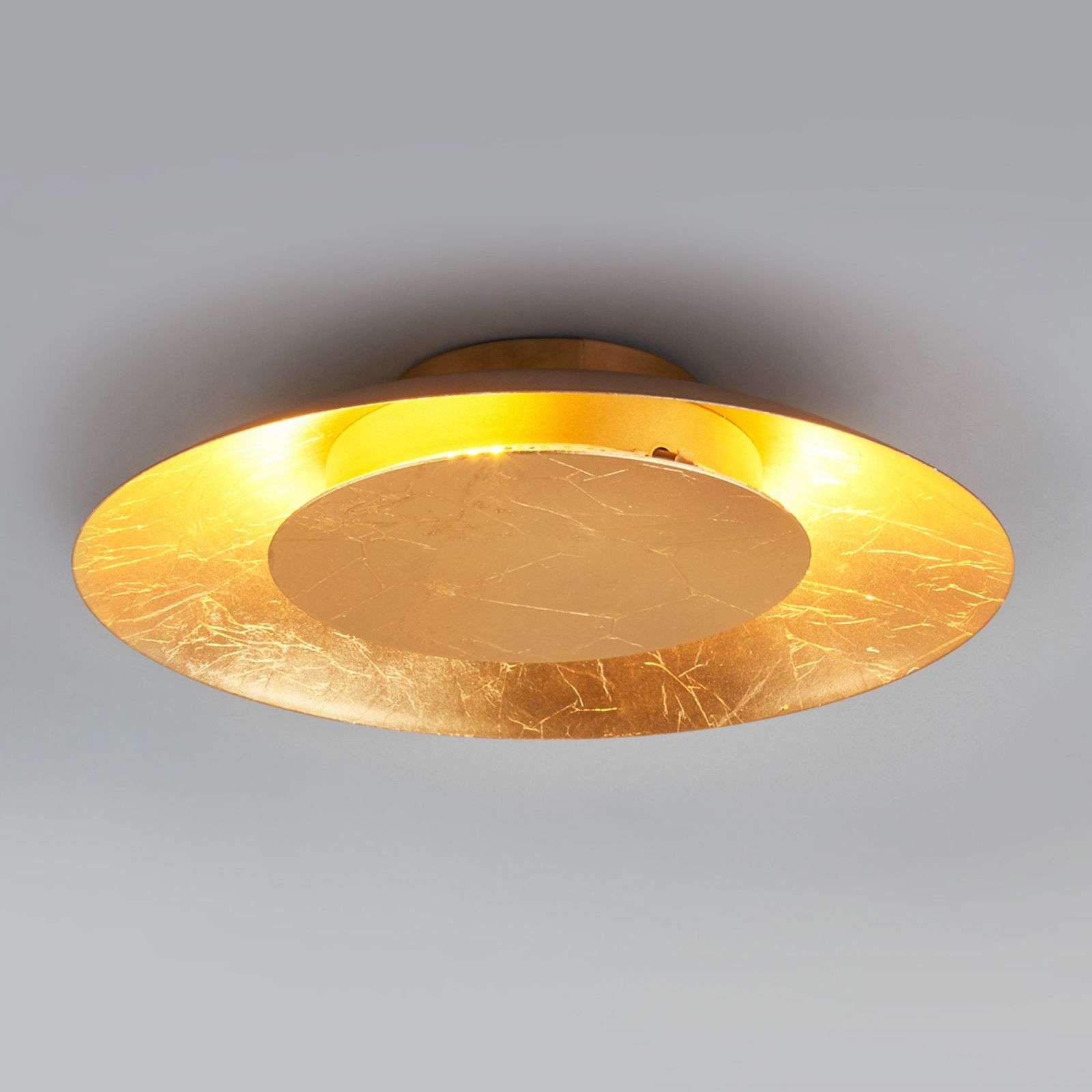 Plafón LED Keti de color dorado