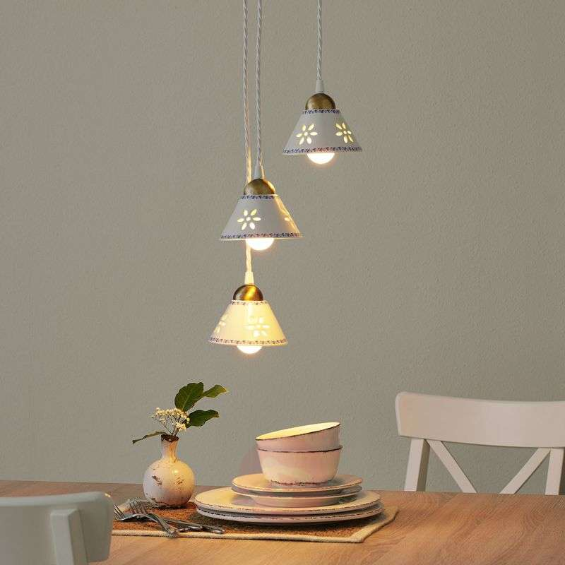 Image of 3-bulb NONNA hanging light, made of white ceramic